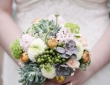 21-christmas-wedding-flower-ideas-to-make-you-bloom-dashacaffrey