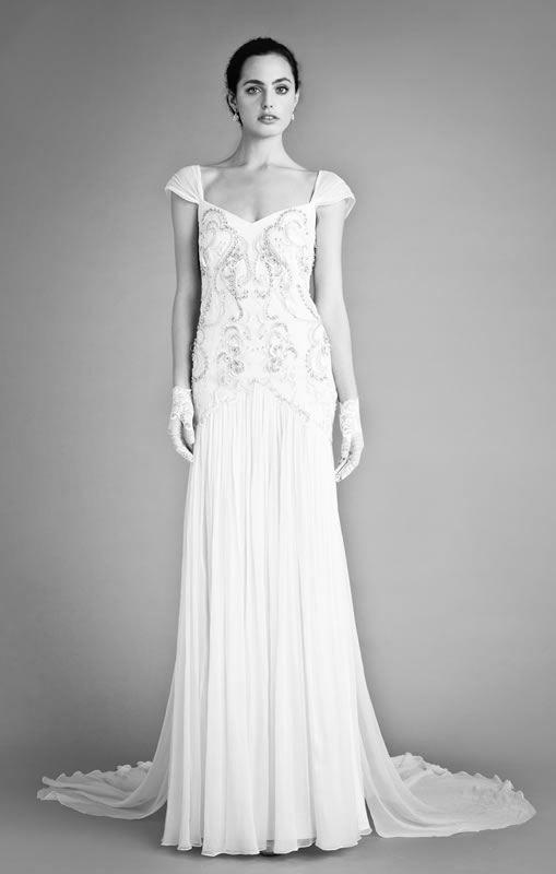 2014 dainty chic flat ruffle applique fastener bodice satin court train wedding cream wedding dress   cheap best selling wedding cream wedding dresses