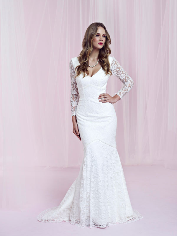 Get The Vintage Look With These New Lace Wedding Dresses For 2013
