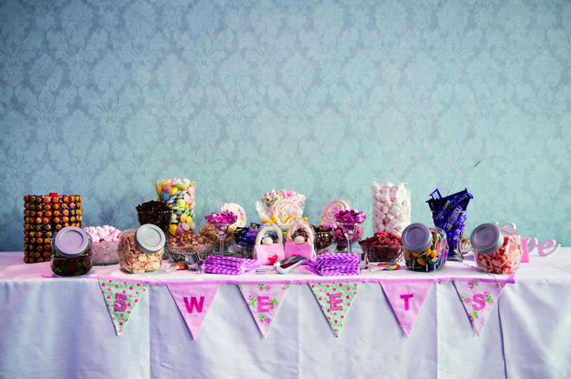 Get Nostalgic With Some Super Sweet Table Ideas For Your Reception