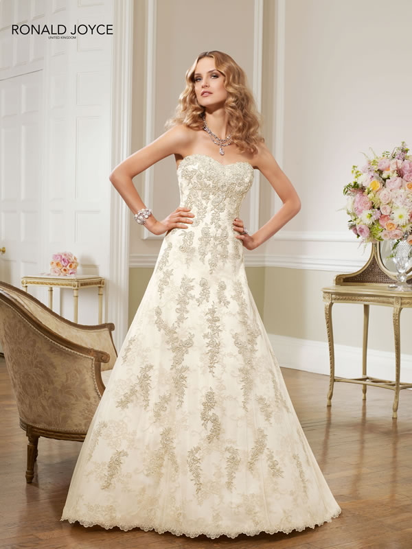The Ronald Joyce 2013 wedding dress collection - The epitome of cool!