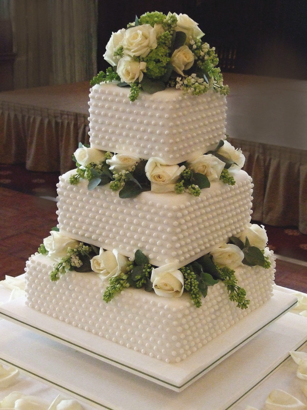 Royal Wedding Cake Ideas Fit For A King And Queen