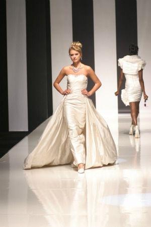 wedding dress with full skirt