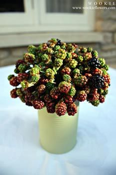 Blackberries as a table decoration