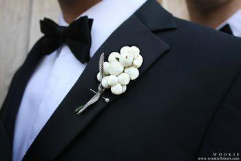 Button hole snowberries