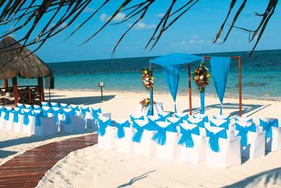 Want top tips for planning weddings abroad? Rachel Morgan from Wedding Ideas reveals her expert advice on choosing the perfect location.