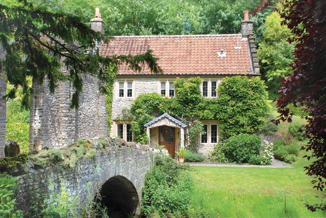 BATH large_Gardeners_Cottage