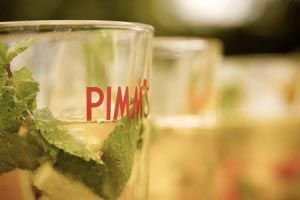 english-country-wedding-PIMM'S-peagreenphotography