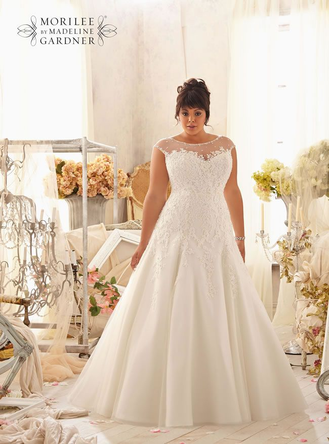 Our guide to plus-size wedding dresses: there\'s more choice than ever!