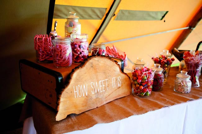 wedding sweetie table zoecollyer