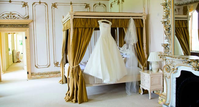 the-dream-dress-enchantingwood.co.uk