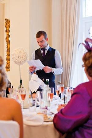 Groom's wedding speech examples - the five quickest ways to ruin it