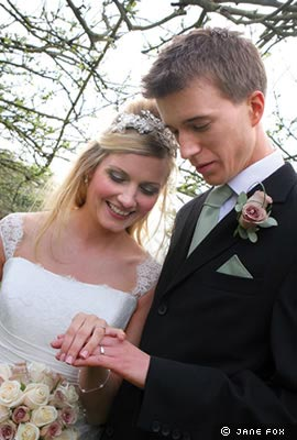 real-wedding-hannah-and-jon-intro