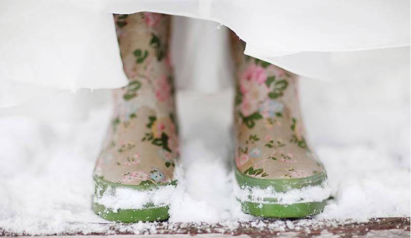 wellies-winter-wedding