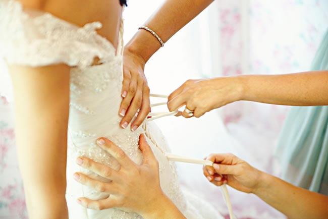 Wedding-dresses-Emily-Heizer-Photography