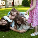 children-at-weddings-10-top-tips-roll-on-floor