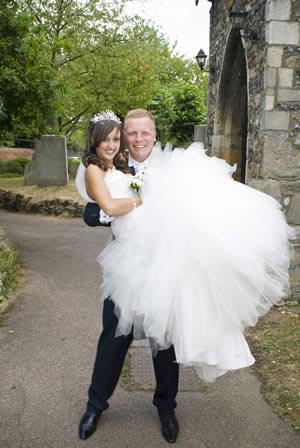 A fantastic real wedding with Carly and David in St Andrew's church