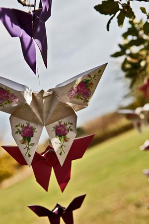 diy-wedding-decorations-paper-butterflies