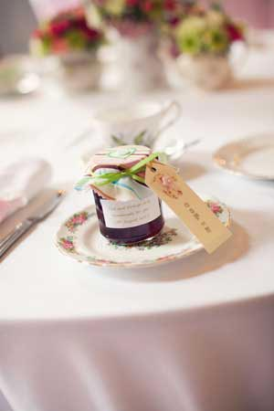 Wedding favour ideas - inspiration for treating your wedding guests