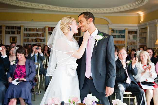 our-favourite-wedding-photos-taken-real-brides-photo-albums 2