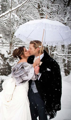 suggestions-for-food-ideas-to-serve-to-your-guests-at-winter-weddings
