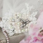 country-garden-wedding-ideas-bridal-photoshoot-featured