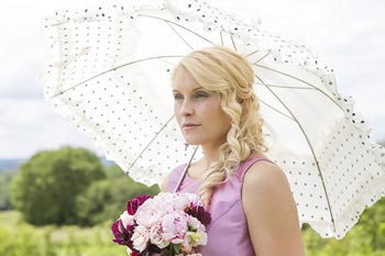 country-garden-wedding-ideas-bridal-photoshoot-parasol