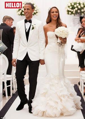 rochelle-wisemans-wedding-dress
