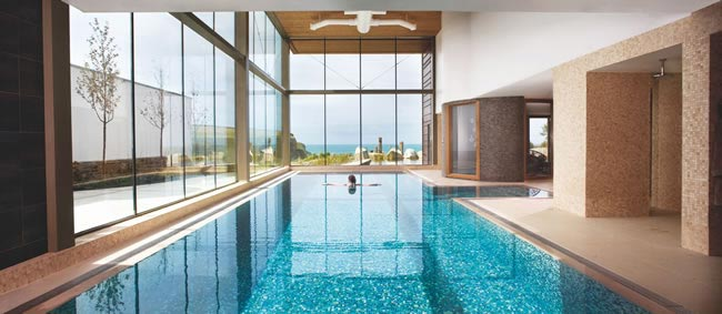 planning-hen-night-spa-break-the-good-spa-guide-pool