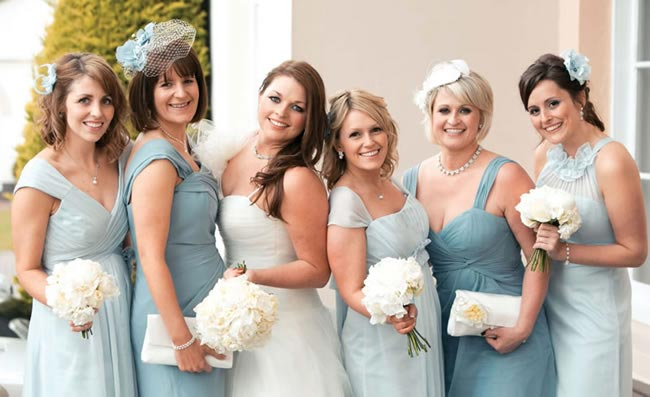 an-elegant-french-wedding-theme-lucy-and-hywel-bridesmaids