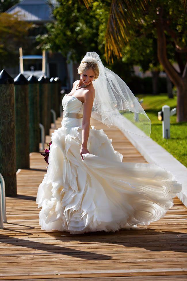 dresses-to-suit-theme-serendipitystudios.com  0825jamesemily