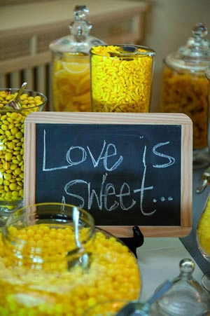 sweet-table-