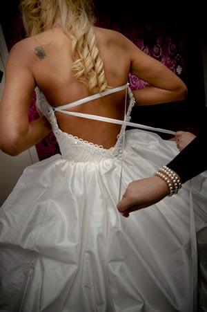 wedding-dress-fitting-tips-ashtonphotography