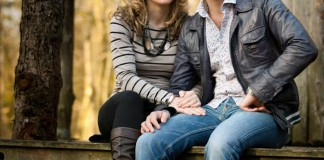 stunning-engagement-shoot-countryside-caray-and-brian-1