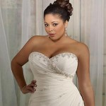 wedding-ideas-awards-2013-finalists-best-plus-size-collection-mori-lee-julietta