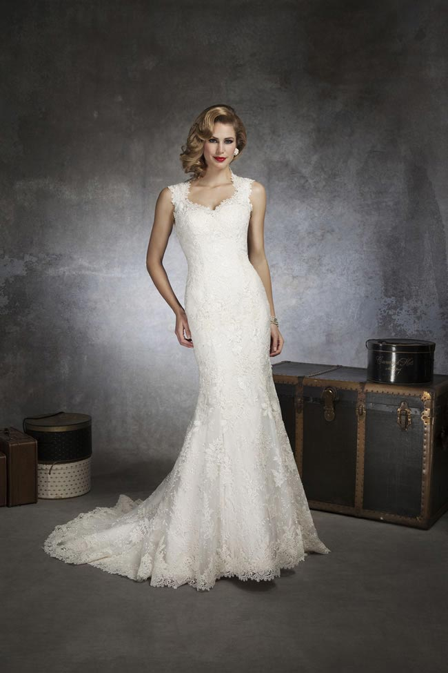 Style 8656 by Justin Alexander