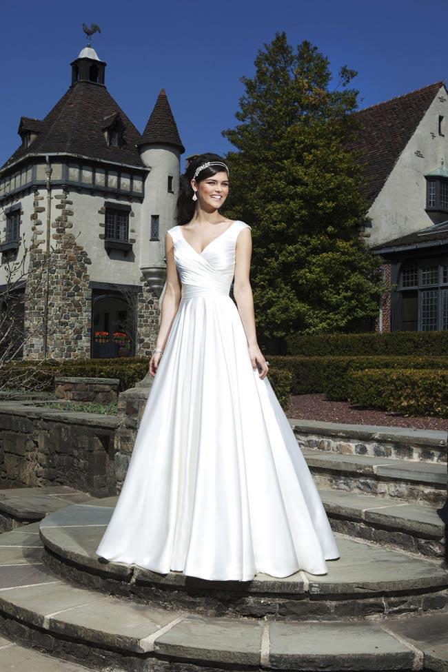 Style 3728 by Sincerity