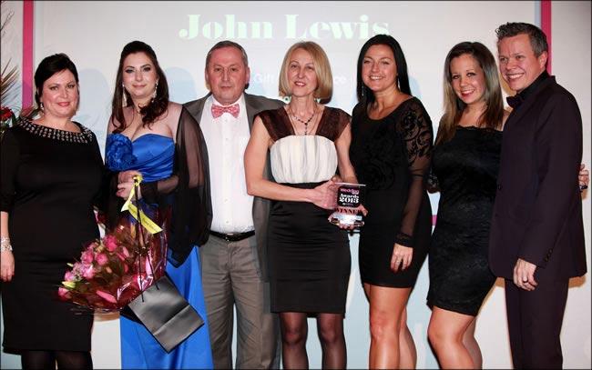 Wedding ideas awards 2013 (116)