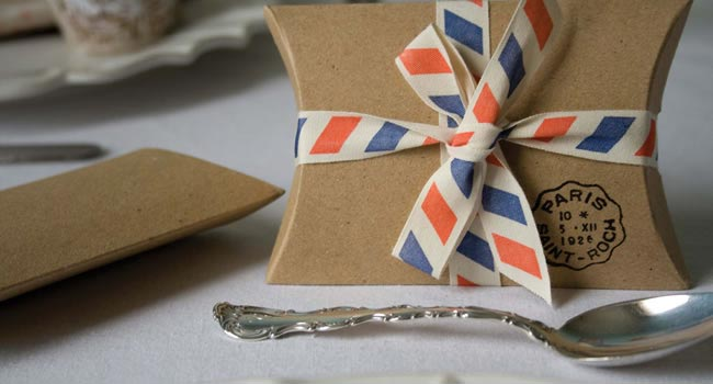 wedding-in-a-teacup-Set-Of-10-Brown-Kraft-Pillow-Boxes-£3.50-Par-avion-ribbon-£9