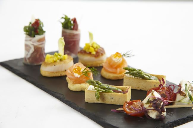 quirky-wedding-canape-2