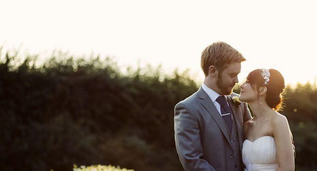 romantic-wedding-moments-featured-mattbowenphotography.co.uk