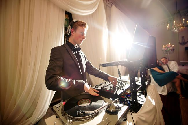 wedding-dj-ideas-alexbeckett.co.uk