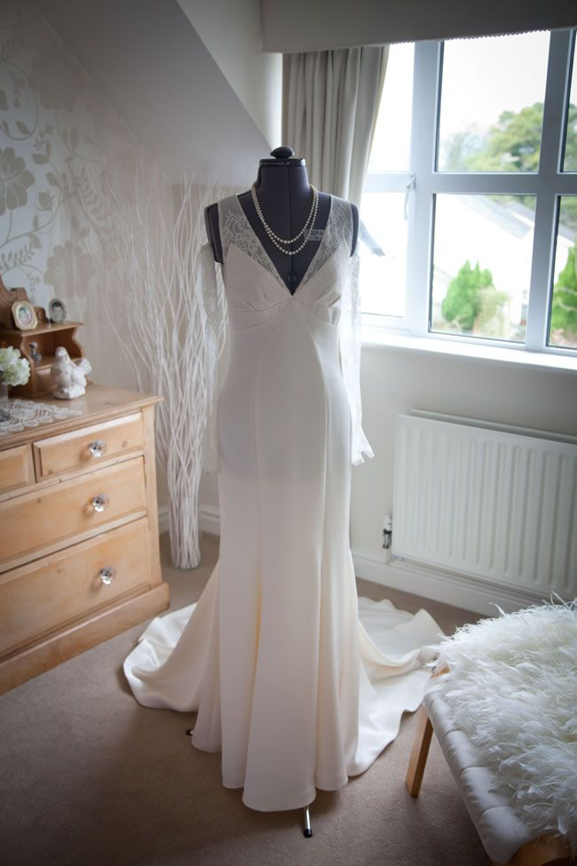 There are some things you should let the professionals handle, so you don't have to worry about any wedding DIY disasters! tireedawson.co.uk