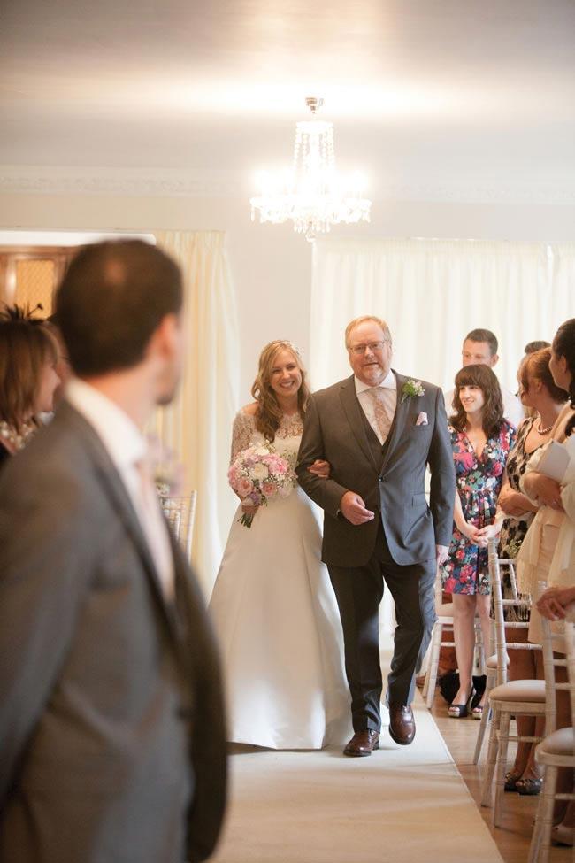 jacqui-rob-real-wedding-18