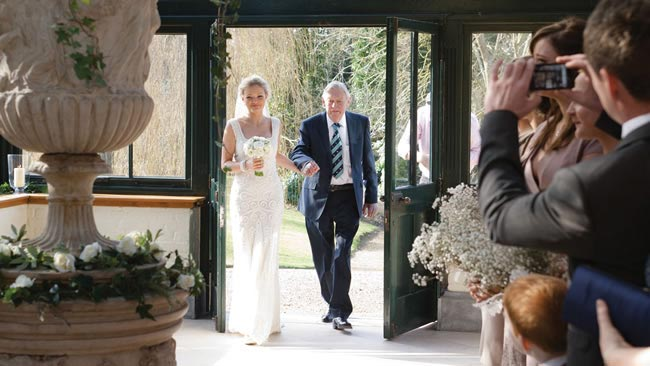 lizzie-gary-real-wedding-17