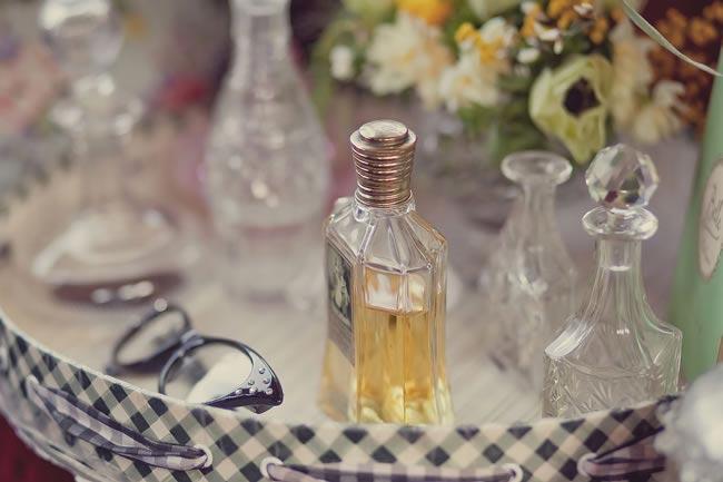 50s-bridal-fashion-photoshoot-09
