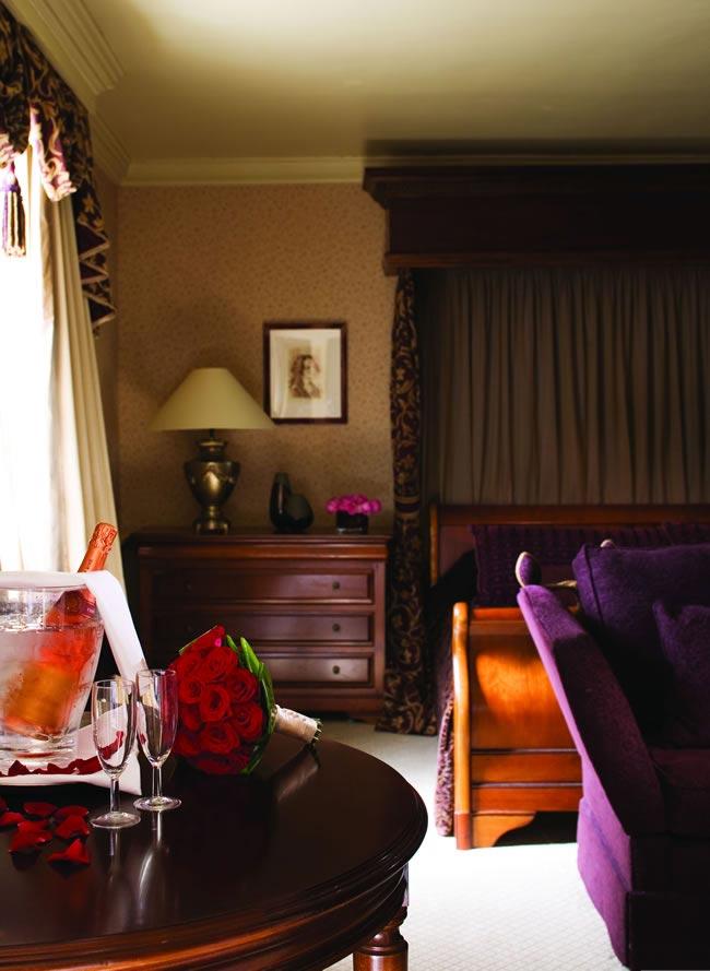 Brandshatch-place-Bedroom