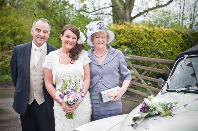 bride-with-parents