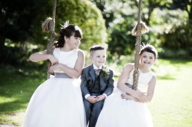 childern-at-weddings-