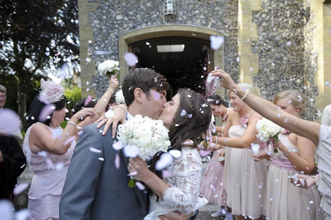 kissing-bride-groom